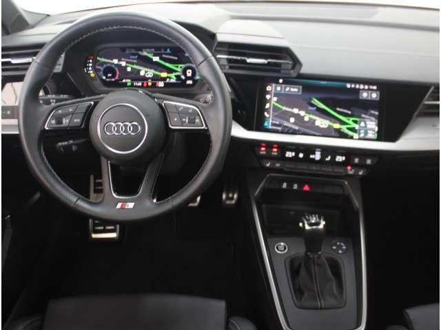 Audi A3 30 TFSI S line, AHK, Leder, virtual
