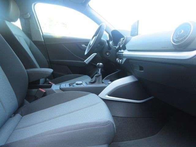 Audi Q2 Design 30 TFSI *Navi,LED,DAB,EPH+,GRA,Sound*