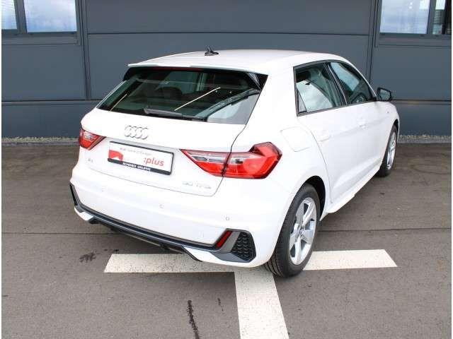 Audi A1 1.0 TFSI S line NAV SITZH PDC AVC A