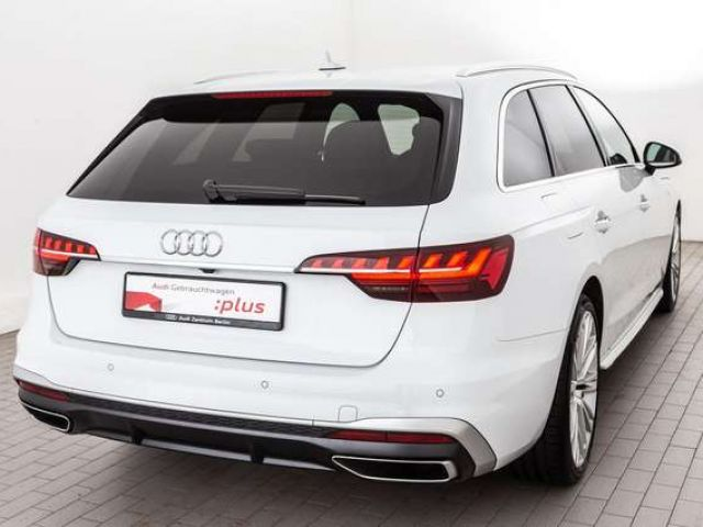 Audi A4 Avant S line 40 TFSI S tronic LED DAB