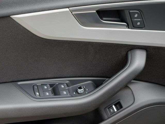 Audi A4 Avant 2.0 TFSI S tronic Xenon Navi Klimaaut.