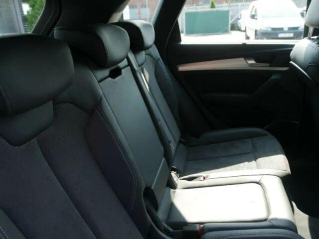 Audi Q5 2.0 TDI quattro S line Sport-Paket Plus Xenon