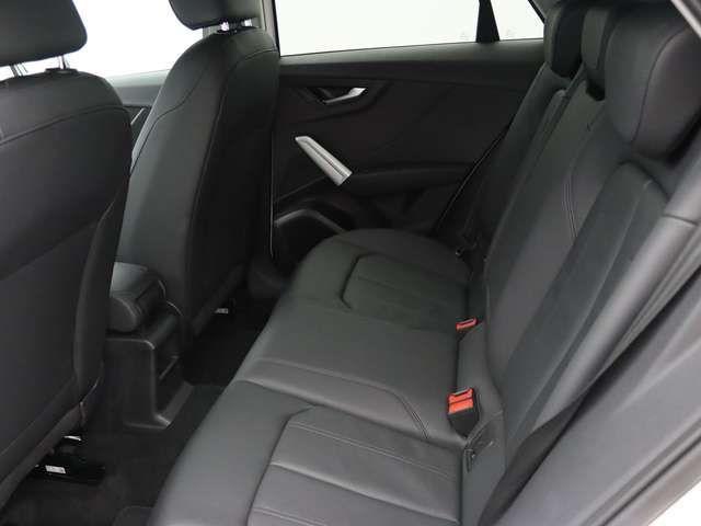Audi Q2 30 TFSI design PDC LED NAVI