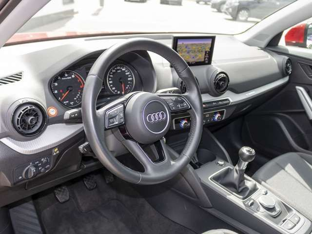 Audi Q2 1.4 TFSI cylinder on demand Navi 6-Gang