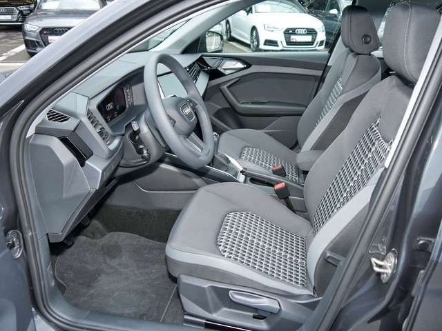 Audi A1 30TFSI advanced SitzH EinparkH Temp