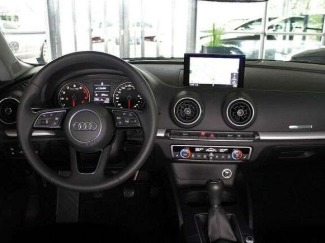 Audi A3 Sportback 1.5 TFSi ACT Standheizung PDC plus