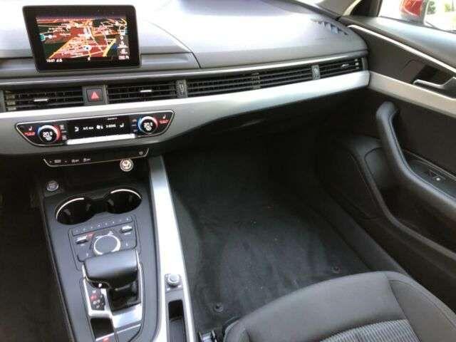 Audi A4 Avant design ultra S-TRONIC/NAVI/XENON+/W-LAN