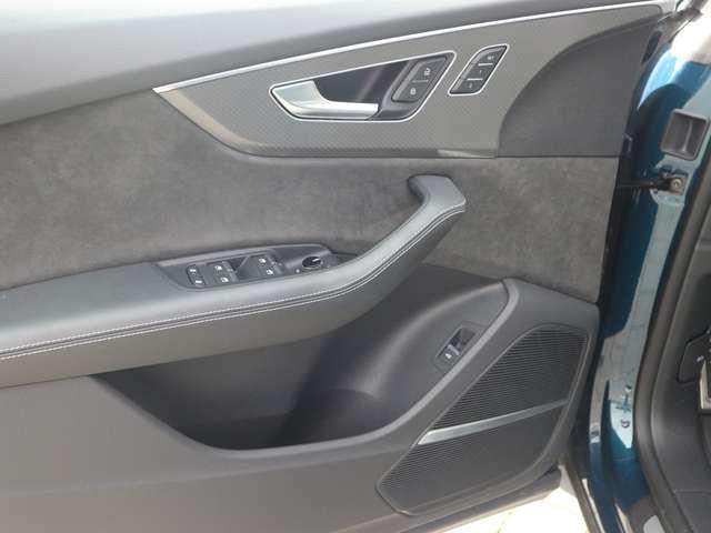 Audi RS Q8 RS Q8 4.0 TFSI MASSAGE+MATRIX+AHK+STANDH.+ACC