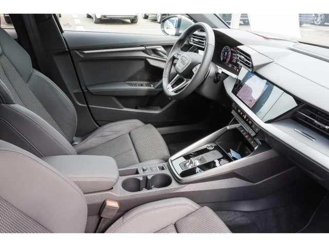 Audi A3 Sportback S line edition one 35TFSI Stronic Navi M