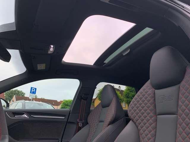 Audi RS3 2.5TFSI Pano RSAbgas B&O ACC Leder