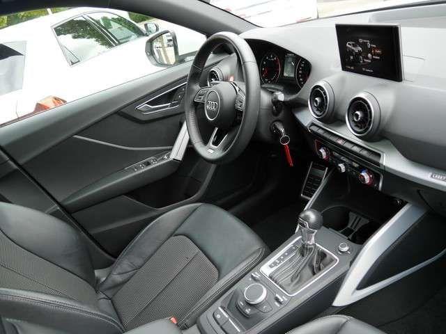 Audi Q2 Sport 35TFSI S-Tronic S-Line Navi LED