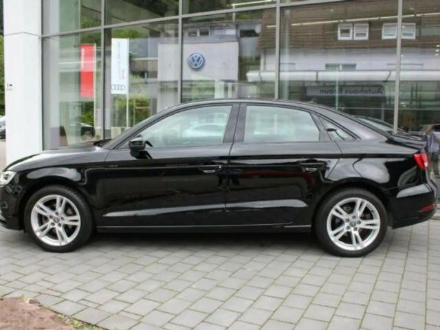 Audi A3 Lim. 1.0 TFSI Navi,Xenon, Klima, Alu
