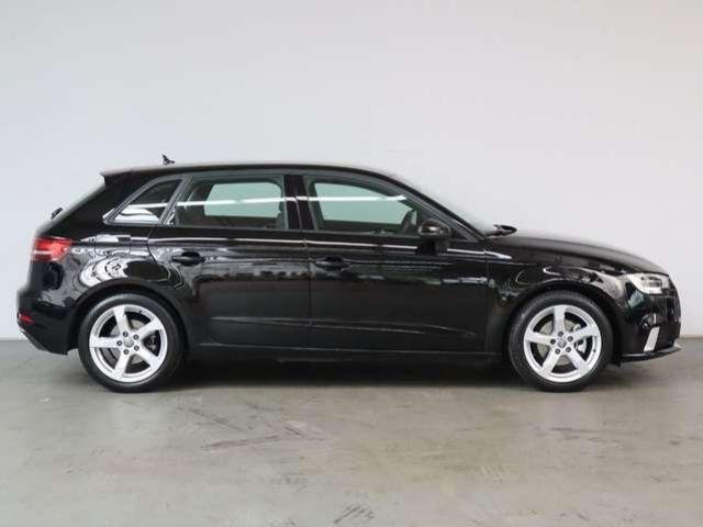 Audi A3 sport 35 TFSI, Navi Bi-Xenon 2x PDC
