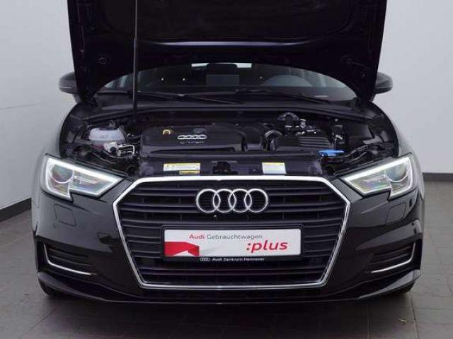 Audi A3 30 g-tron Design, Navi, Xenon Plus