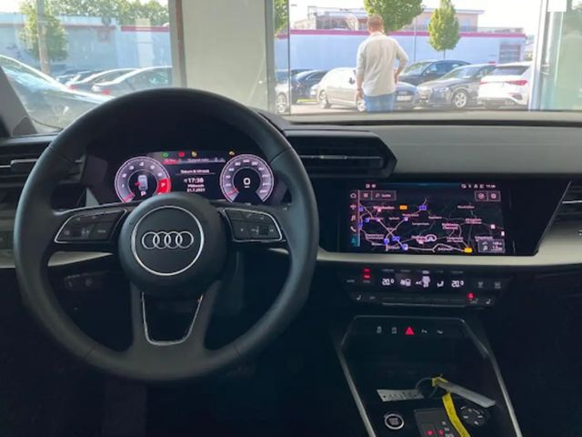 Audi A3 Sportback Advanced 30 TFSI(81)110kW(PS) S tro*NAVI