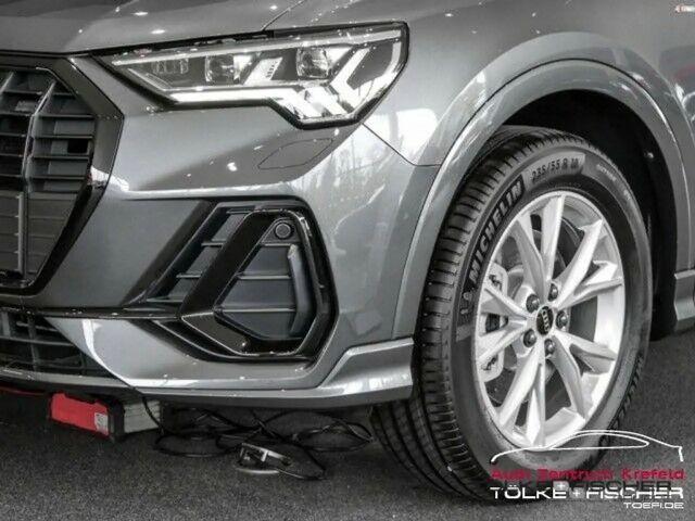 Audi Q3 40 TDI S LINE + QUAT TRONIC MATRIX LED