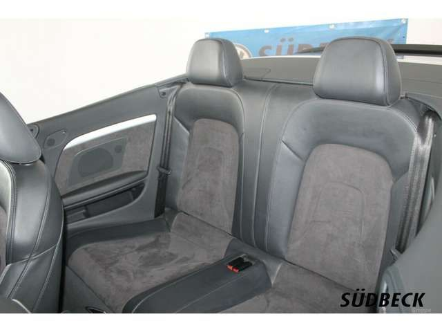 Audi A5 2.0 TDI S-Line Plus *XENON*NAVI*GRA*TEL*PDC