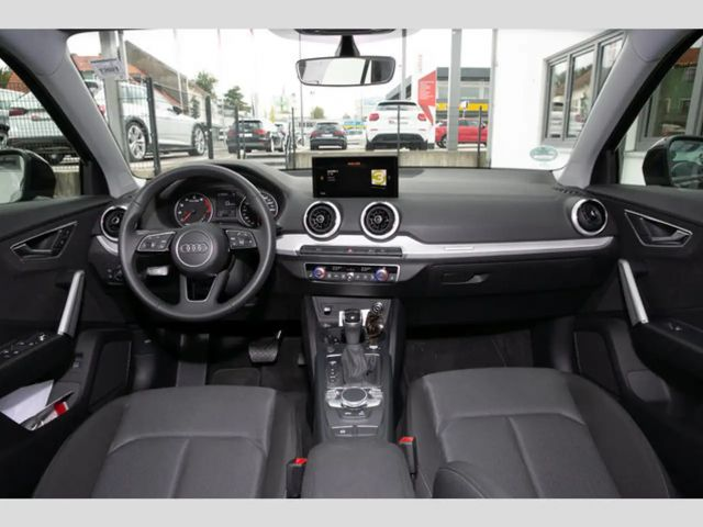 Audi Q2 Advanced 35 TFSI S tr.(LED,EPH,sound,DAB,SHZ)