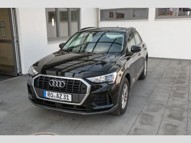 Audi Q3 35 TFSI (DAB,EPH+,smartphone interface,SHZ) Na