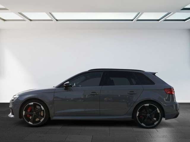 Audi RS3 294(400) kW(PS) S tr virtual cockp