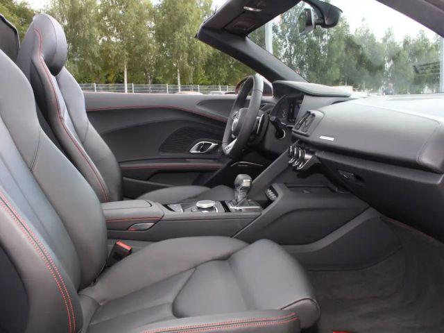 Audi R8 Spyder 5.2 V10 1 Hd. Alu Laserlicht NaviPlus Le