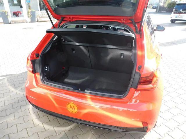 Audi A1 Sportback Advanced 30TFSI, S-tronic, LED, Navi, 17