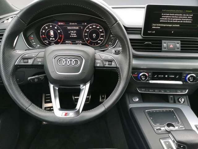 Audi Q5 sport 2.0 TFSI quattro 185(252)