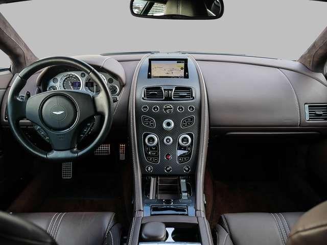 Aston Martin V8 Vantage S Quantum Silver Carbon Interior