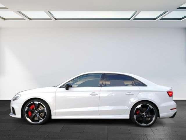 Audi RS3 Limousine S tronic virtual cockpit Panoramad