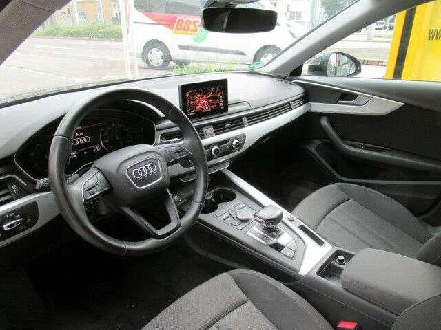 Audi A4 Avant 2,0TDI S-tronic Navi/SHZ/ACC/RFK/Xen
