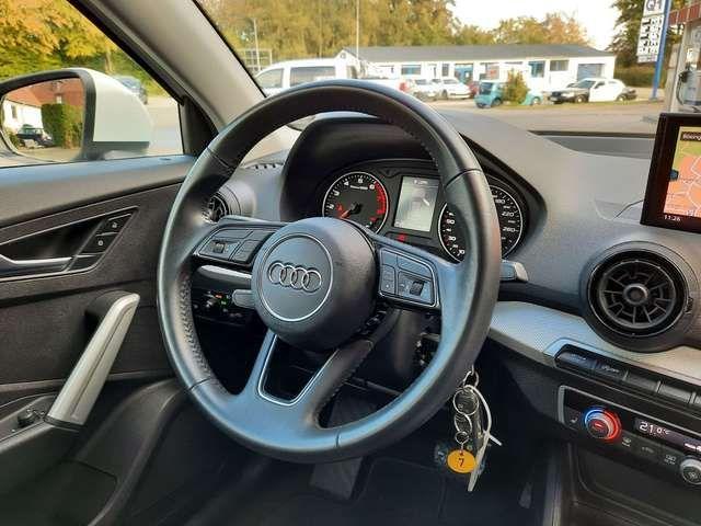 Audi Q2 1.4 TFSI ACT S-tronic MMI Navigation SHZ