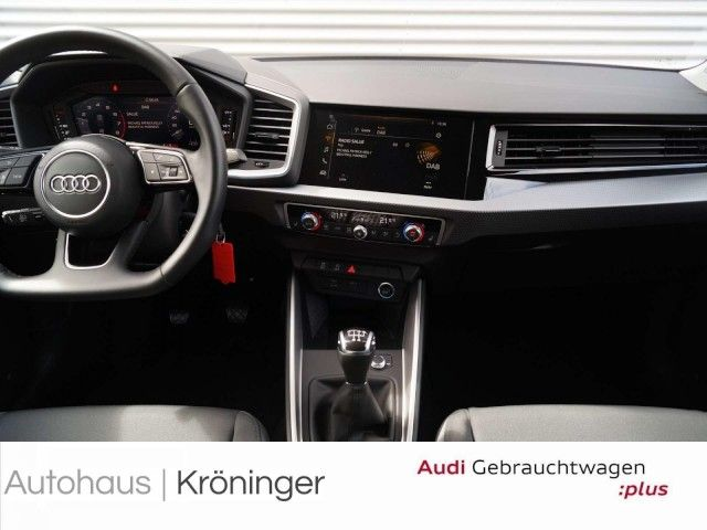 Audi A1 Sportback S line 25 TFSI smart phone interfac