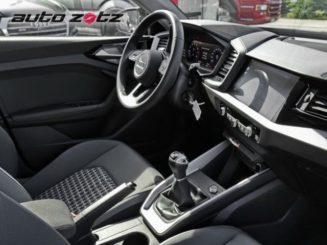 Audi A1 Sportback advanced 25 TFSI LED Optik schwarz Sp