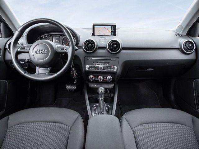 Audi A1 Sportback 1.6 TDI DSG Navi Klima