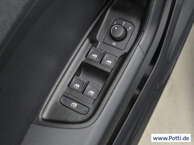 Audi A1 Sportback 25 TFSi sport advanced DAB PDC GRA