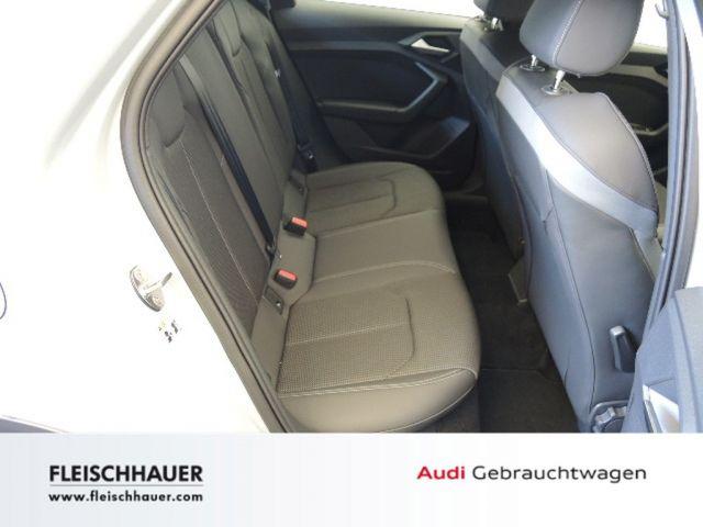 Audi A1 citycarver 30 TFSI edition one S tronic Sitzheizung Einparkhilfe v+h Klimaautomatik