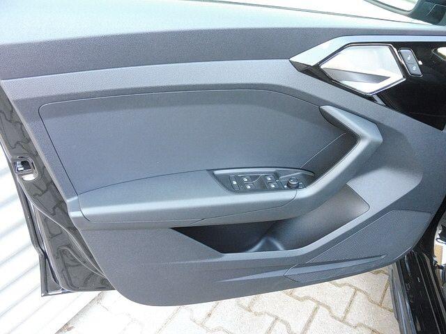 Audi A1 citycarver City carv.1.0 R3 70/DI6M5S