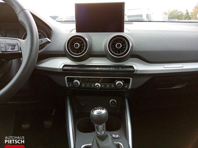 Audi Q2 30 TFSI Sport - LED Tempomat PDC Bluetooth