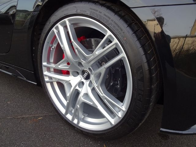 Audi R8 Spyder V10 PERFORMANCE KERAMIK B&O KAMERA