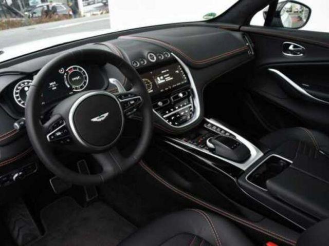 Aston Martin DB X 4.0 V8 Bi-Turbo 4x4