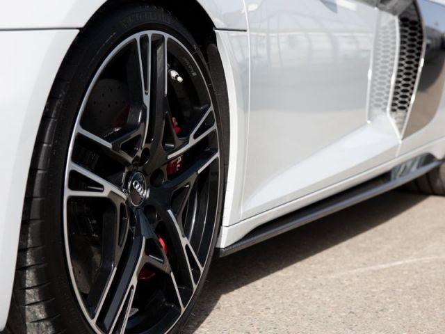 Audi R8 Spyder *CARBON*KERAMIK*LASER*KAM*UPE 235T*