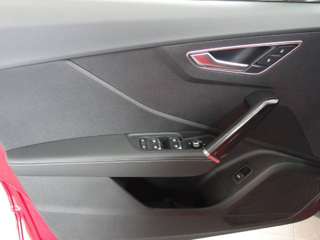 Audi Q2 Sport 35 TFSI Navi Sline LED Parkassis.