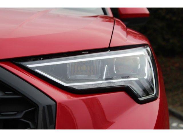 Audi Q3 AHK, Assistenzpaket, Panorama-Glasdach,