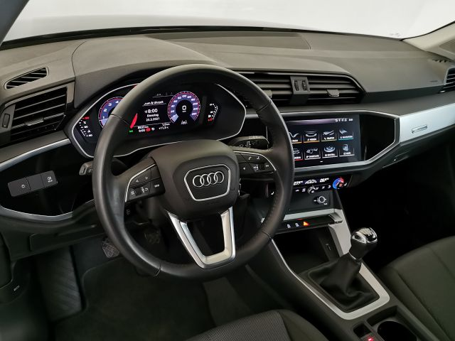 Audi Q3 35 TSI 110kW 6-Gang