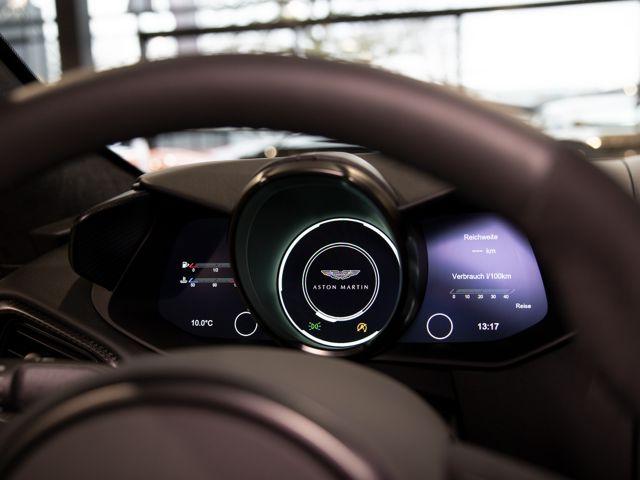 Aston Martin V8 Vantage AMR manual - 1.599,-mtl. 0,-Anzahlung