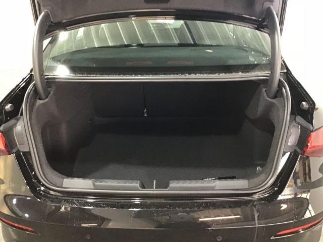 Audi A3 Limo 35 TDI Advanced S tronic LED, DAB , Navi