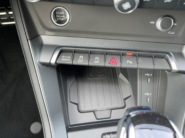 Audi Q3 Sportback line 40 TDI quattro 147(200) kW(PS) Automatik Matrix LED Assistenzpaket Navi