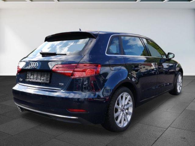 Audi A3 2.0 TDI Sportback design LED Navi Parkassistent