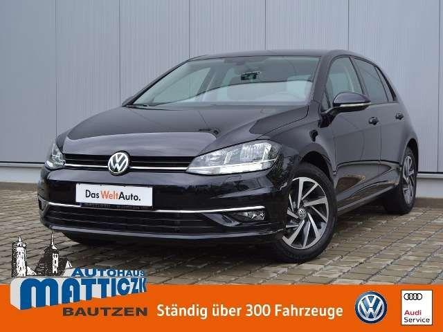 Volkswagen Golf 2017 Benzine