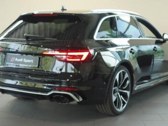 Audi RS 4 Avant RS4 Avant 2.9 TFSI Quattro SPORTAGA B&O Dy